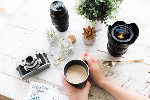 カフェとカメラの画像
